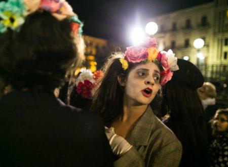 La tradizione della festa dei morti nelle piazze di Palermo con Notte di Zucchero.